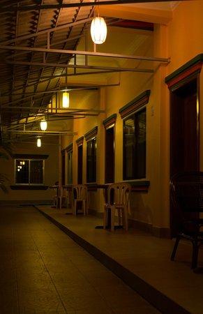 Grand Sihanoukville Hotel: Номера у бассейна