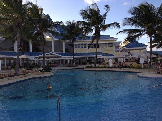Magdalena Grand Beach & Golf Resort: Poolside