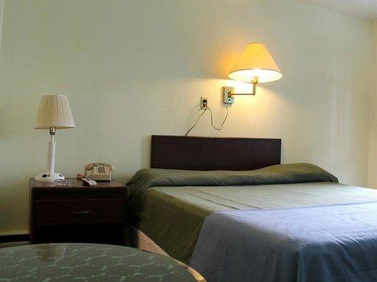 Melody Motel: 1 single room