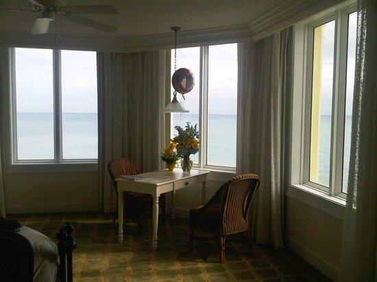 Pelican Grand Beach Resort, A Noble House Resort: Amazing Ocean Views