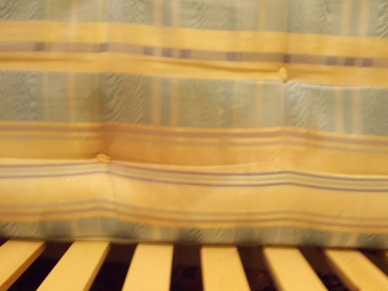 The Lonsdale Hotel: stains on mattress