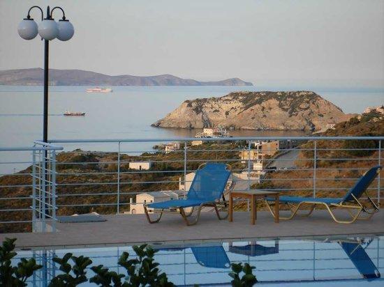 Agnanti Villas : sea view
