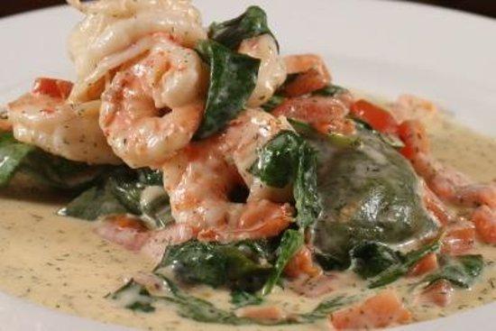 Givanni's: Spinach Ravioli with Shrimp