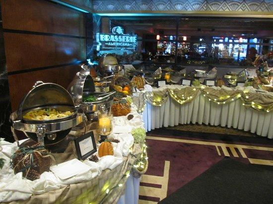 Brasserie Americana Restaurant, Bar and Lounge : Thanksgiving Buffet 2013
