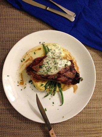 Woodmark Hotel & Still Spa: Room Service Dinner