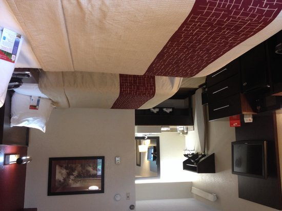 Red Roof PLUS+ Washington, D.C. - Alexandria: Comfortable rooms