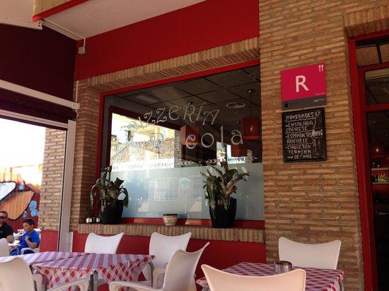 Pizzeria la Rucola : entrance