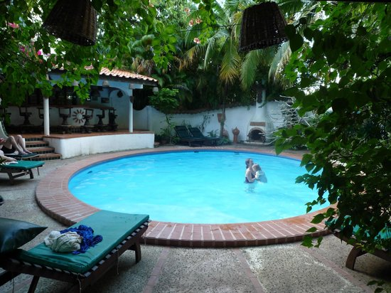 Secret Garden Chiang Mai: Der Pool mit Bar zum relexen