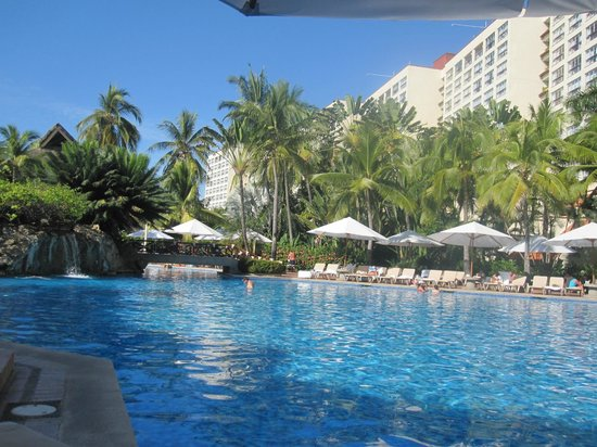 Sheraton Buganvilias Resort & Convention Center: View of pool looking north toward actual Sheraton hotel