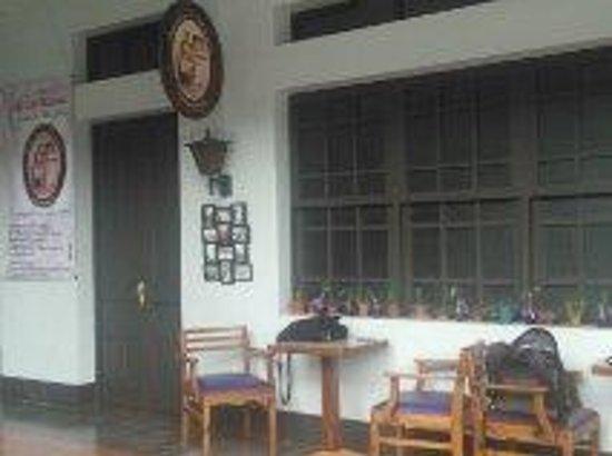 Cafe Puntalitos de Manuela: The cafeteria inside the Alajuela´ s museum