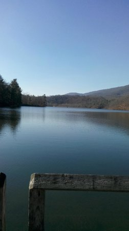 Douthat State Park: the boating lake