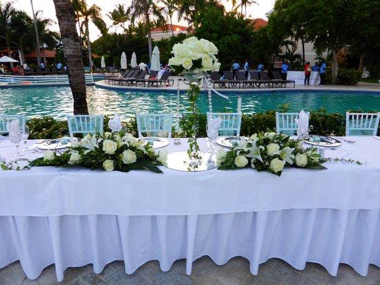 Dreams Palm Beach Punta Cana Head Table