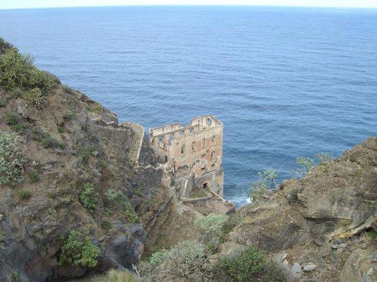 Hotel Palia Don Pedro: église en ruine