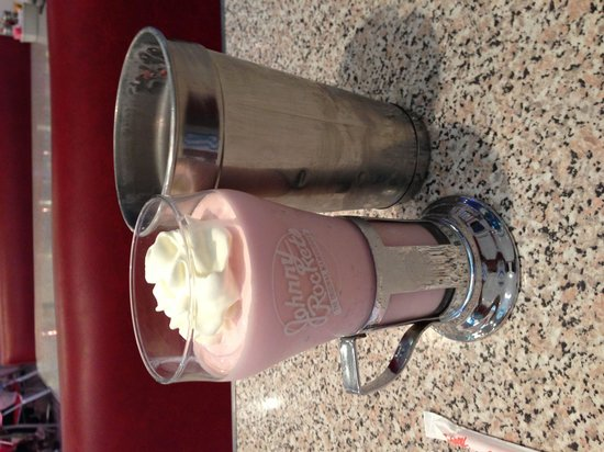 Johnny Rockets: My strawberry shake