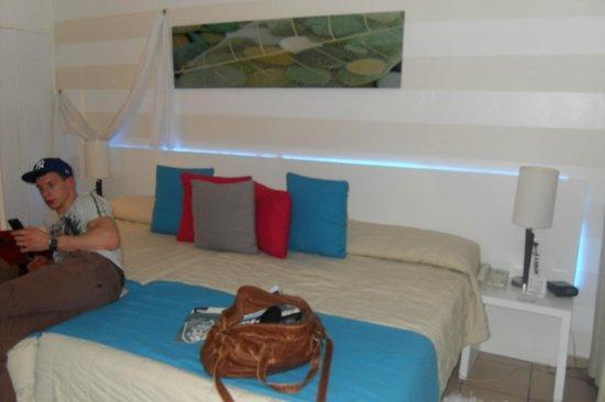 BlueBay Villas Doradas Adults Only: the bed
