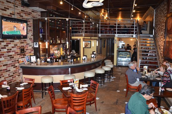 Acropolis Greek Taverna: Bar