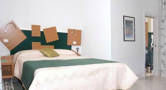Adriano Augusto: bedroom