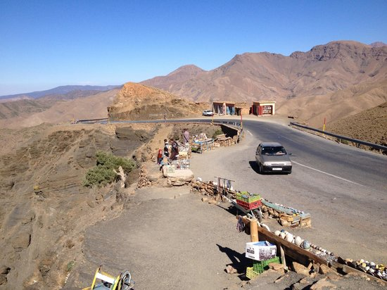 Desert Dream 4x4 Tours: On our way to the top