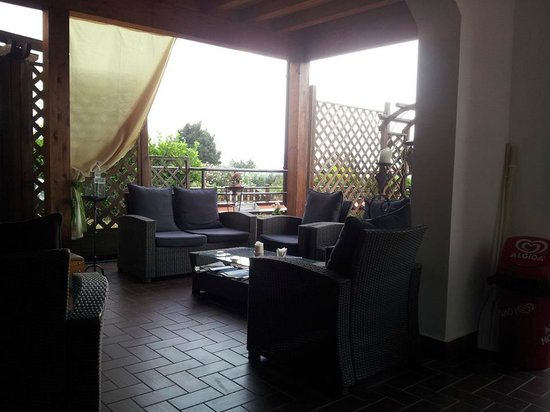 Hotel Florence Vivinico365: Ingresso area relax