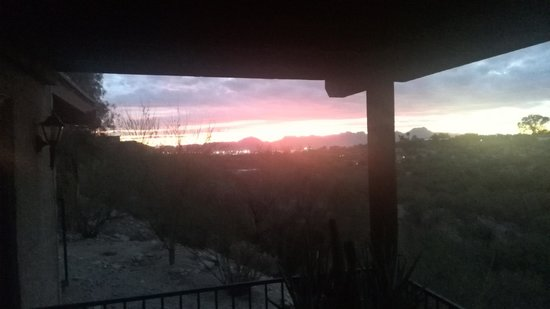 Hacienda Del Sol Guest Ranch Resort : Sunset view from the Casita