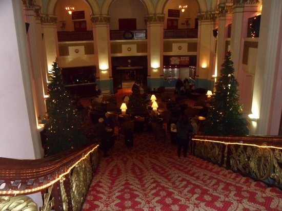 Grand Hotel Scarborough: The Foyer