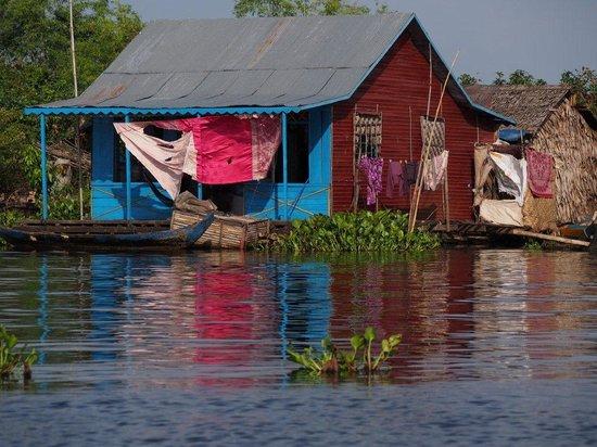 Van Siyoeun Villa: Ballade sur le Tonlé Sap