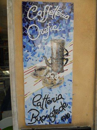 Caffetteria Orefici e Latteria Buonafede : La nostra insegna, realizzata a mosaico da una artigiana mastro vetraio