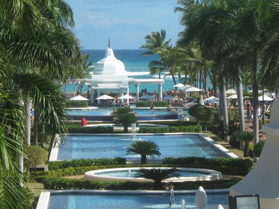 Hotel Riu Palace Punta Cana: view from the lobby to the beach