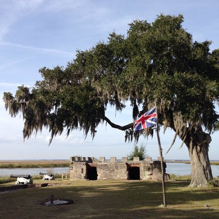 Fort Frederica National Monument: Canons and the Kings Magazine