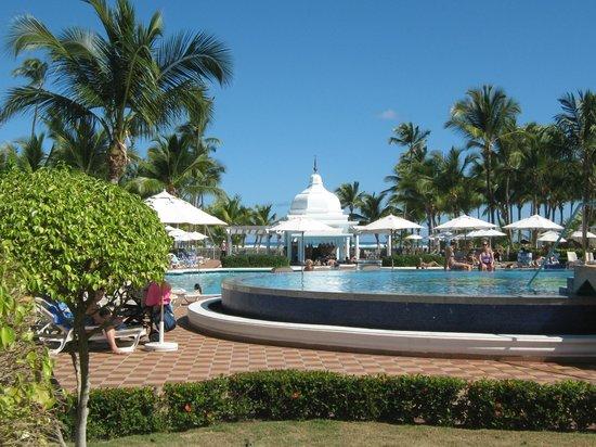 Hotel Riu Palace Punta Cana: Pool area