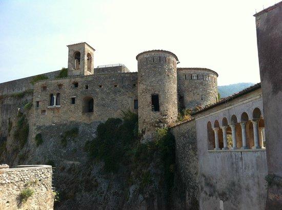 Castello Malaspina - Palazzo del Principe dei Cybo: Castello Malaspina