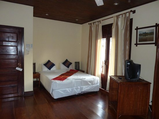 Hotel Au Fil Du Mekong (Mekong Riverside Hotel): camera