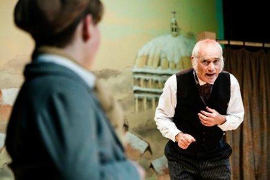 Stockport Garrick Theatre: A Christmas Carol