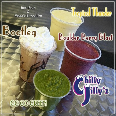 Chilly Jilly'z Bakery & Cafe: Smoothies!