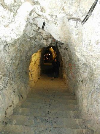 La Bastilla: Grotte