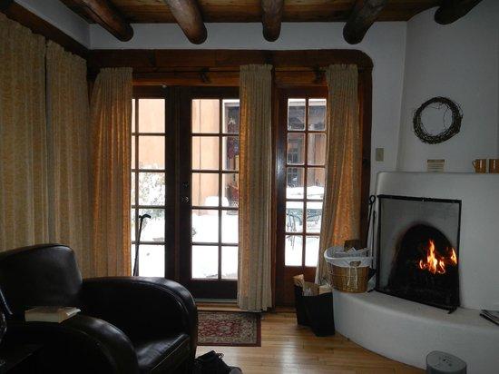 Hacienda Nicholas Bed & Breakfast Inn: The Sunflower Suite