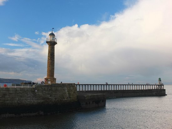 Whitby lighthouse on the West Pier