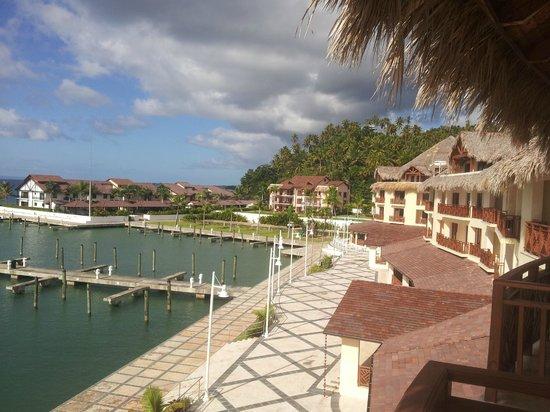 The Bannister Hotel & Yacht Club: Cafe del Mar en la Marina