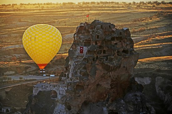 Hot air Balloon in Turkey, - Picture of Turkiye Balloons ...