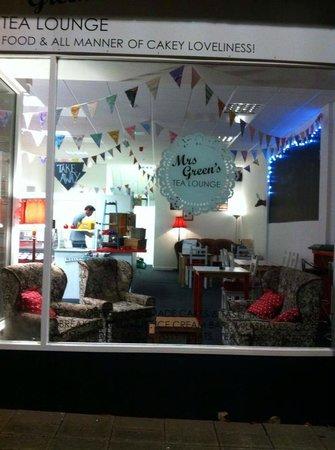 Mrs Green's Tea Lounge: It's Cake-tastic!