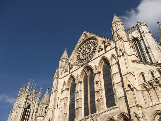Rose window picture of york minster york tripadvisor for Rose window york minster