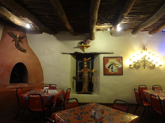 La Posta de Mesilla : Just one of many beautiful dining rooms