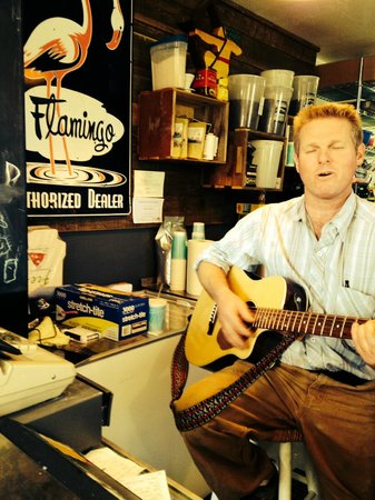 Smithneck Farms: yodeling cook/owner dwight