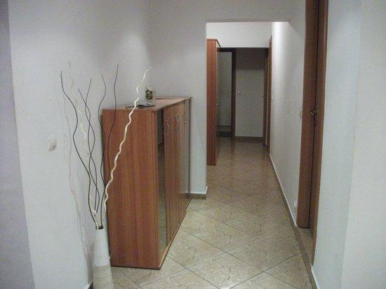 A&A Accommodation: Corridoio