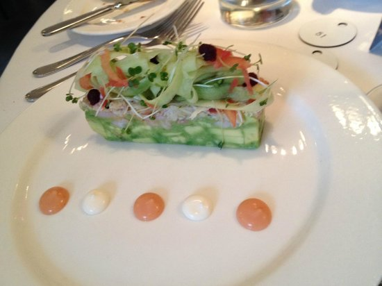 Alec's Restaurant: prawn,avocado