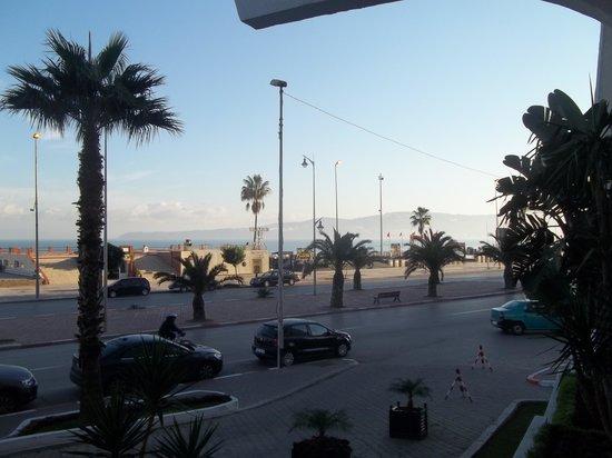 Kenzi Solazur: Vue d'en face de l'hôtel