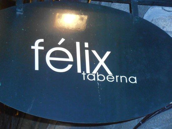Taberna do Félix: insegna locale