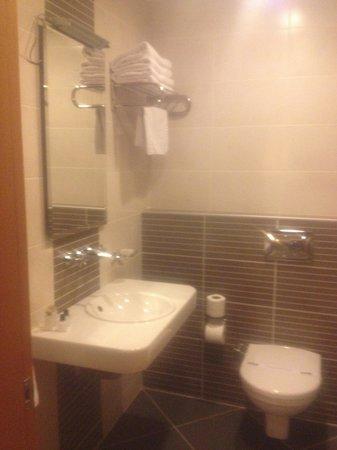 Parkhouse Hotel: salle de bain