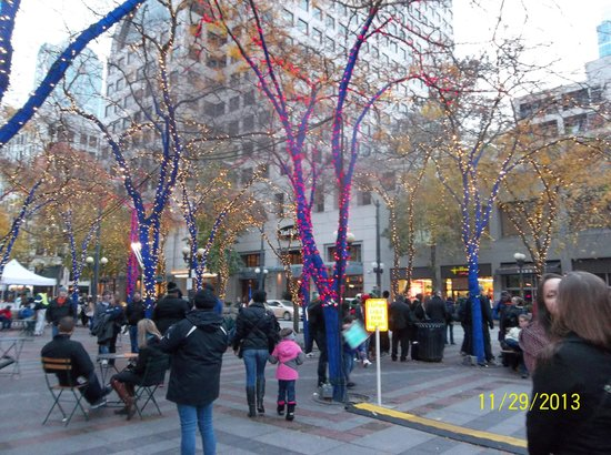 Westlake Center: Holiday Cheer