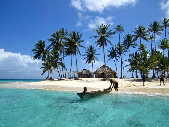 Cabañas Ukuptupu: Playa Isla de Perro